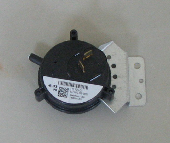 Goodman Pressure Switch 11112501S