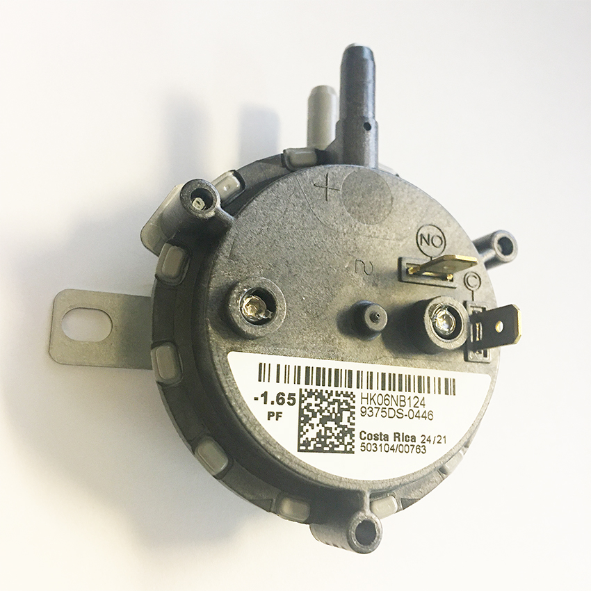 Carrier Gas Furnace Pressure Switch HK06NB124
