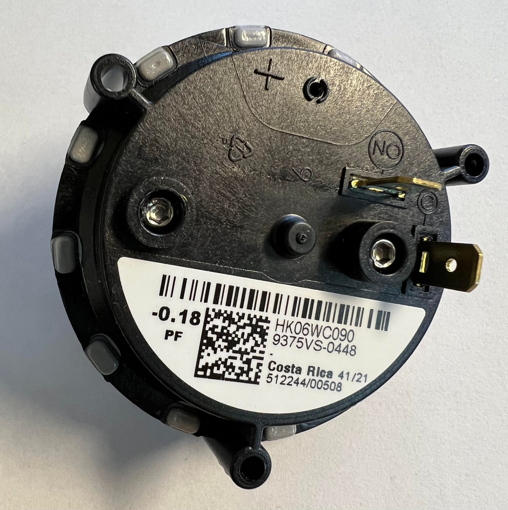 Carrier Draft Pressure Switch HK06WC090