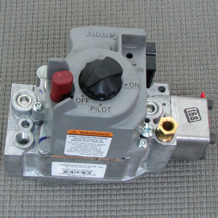 Carrier Natural Gas Valve EF32CB212
